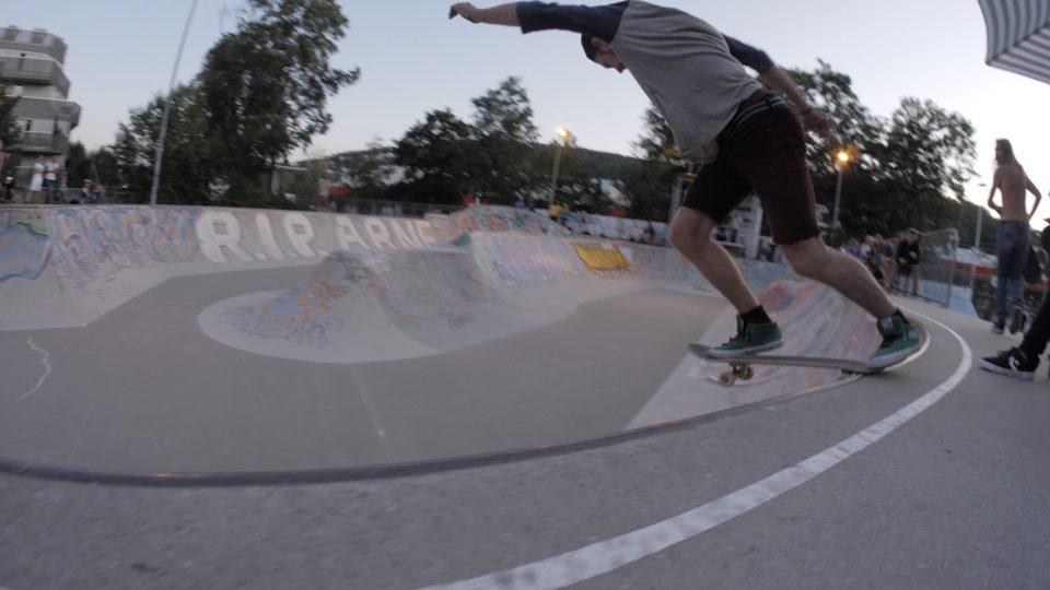 BS-Tail Slide am Best Trick Contest von Andi aus der Skatearea23
