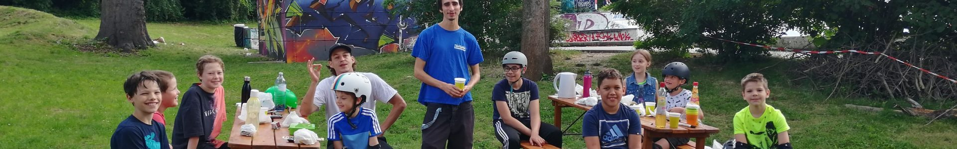 Summer_Skate_Camp